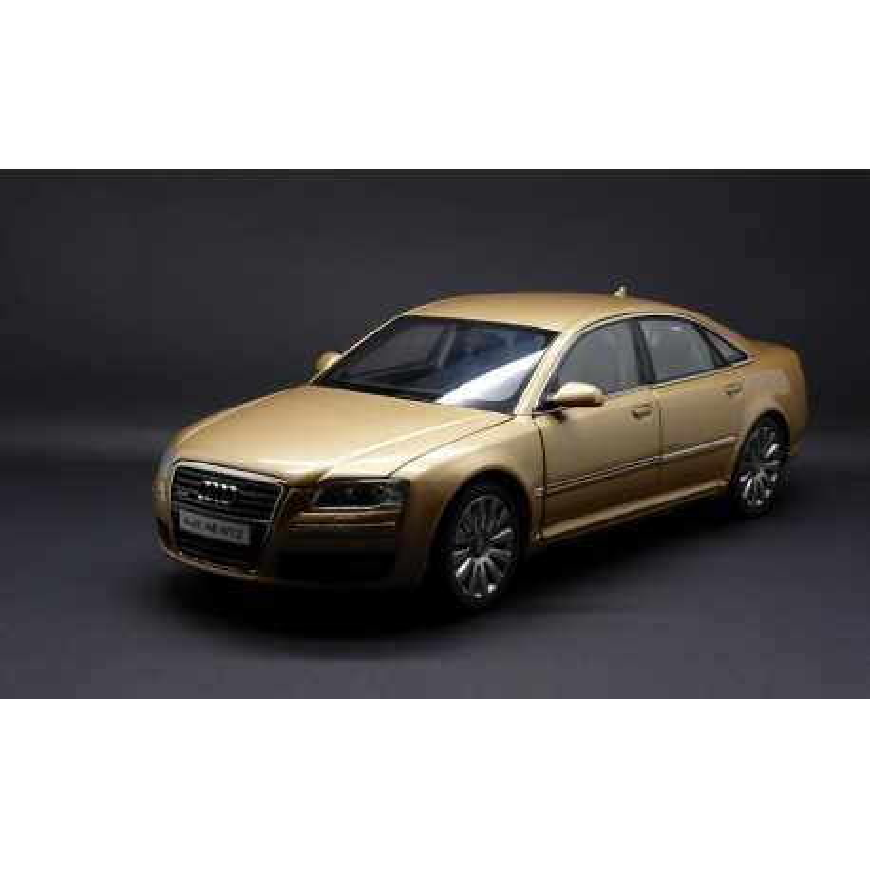 KYOSHO 09212V 1/18 Audi A8 W-12 Beige Die-Cast