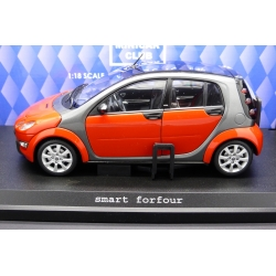KYOSHO 09105R 1/18 Smart For Four Rouge – Red Die Cast