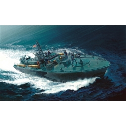 ITALERI 5602 1/35 Elco 80' PT-596 Torpedo Boat