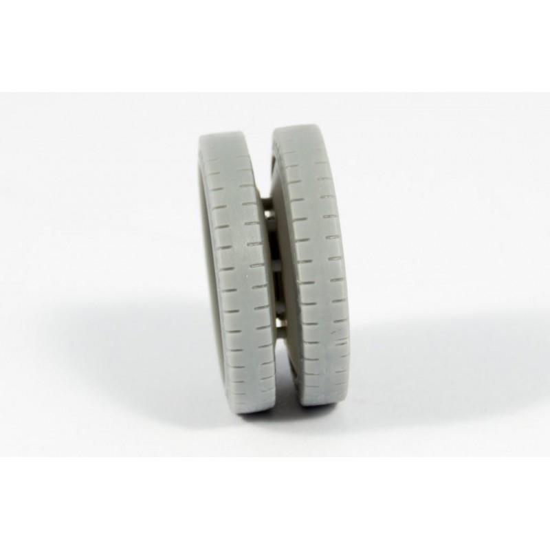 ITALERI 3865 1/24 Actros With 2x20' Cont. Trailer Schenker