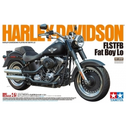 Tamiya Kit 16040 1/6 Harley Davidson FLH Classic