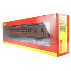 HORNBY R4413A OO 1/76 BR Hawksworth: (Post 1953) 1st / 3rd Brake in BR Maroon