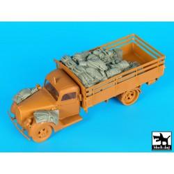 Takom TAKO2031 1/35 WWI Heavy Battle Tank Mk.I Male with Sponson Crane & Trailer