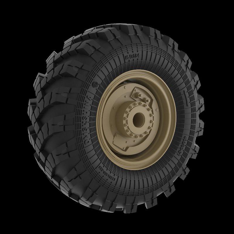ITALERI 14 1/72 Mil-24 Hind-D Soviet Attack Helicopter
