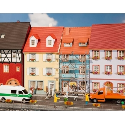Faller 130494 HO 1/87 2 Village houses with painters scaffold