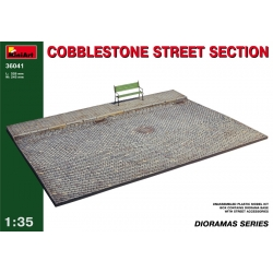 Miniart 36041 1/35 Cobblestone Street Section