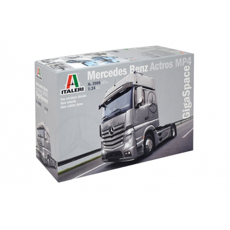 ITALERI 3905 1/24 Mercedes Benz Actros MP4 Gigaspace