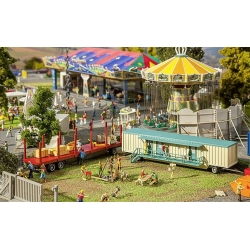 Faller 140482 HO /187 Set of funfair caravans III