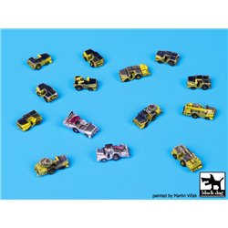 Black Dog S70005 1/700 Deck Tractors accessories set