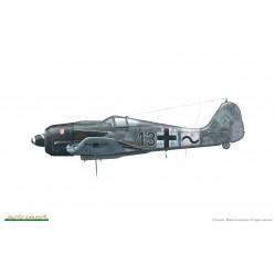 AIRFIX J6000 QUICK BUILD Spitfire