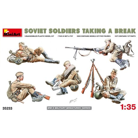Miniart 35233 1/35 Soviet Soldiers taking a break