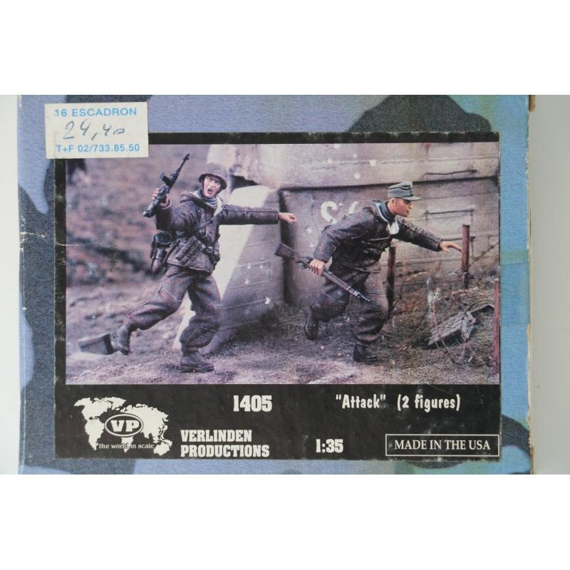MRC Gallery Models 64008 1/350 USS Intrepid CV-11 ESSEX-CLASS ANGLED-DECK CARRIER