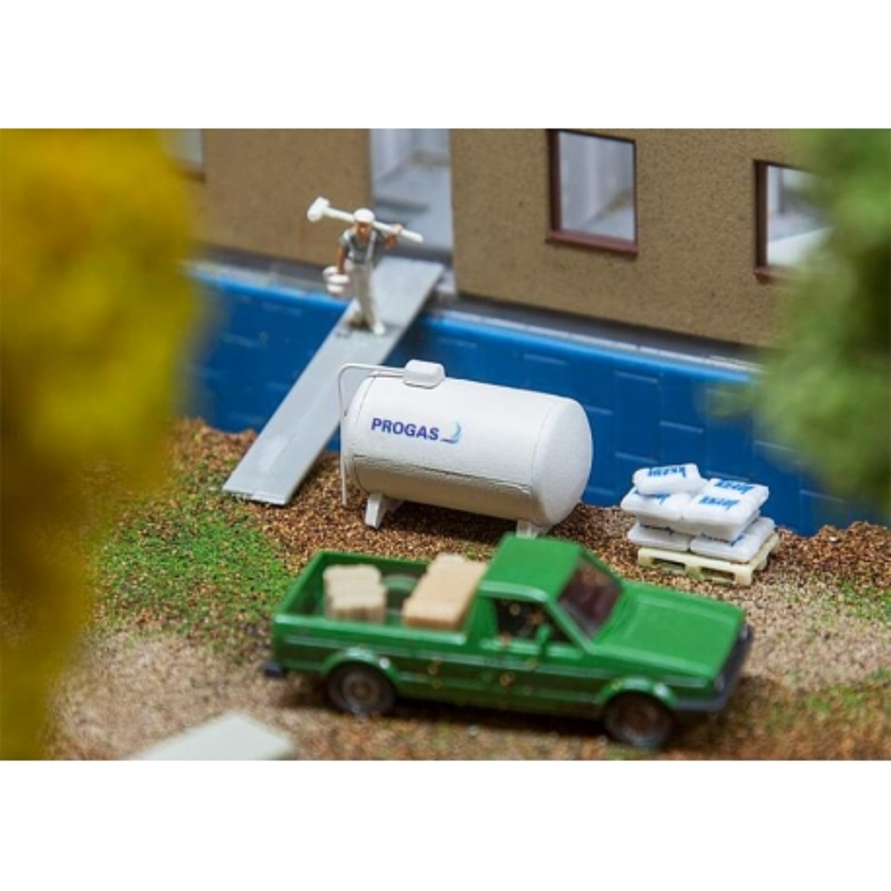 Faller 180332 HO 1/87 2 Réservoirs de gaz - 2 Gas tanks