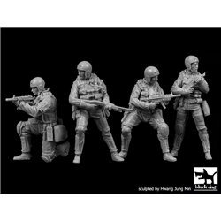 Black Dog F35113 1/35 Navy SEALs big set