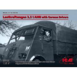 Dragon 1040 1/350 German Battleship Scharnhorst 1943 - Box Damaged