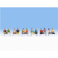 NOCH 15250 HO 1/87 Sitting Passengers for wagons 12pcs
