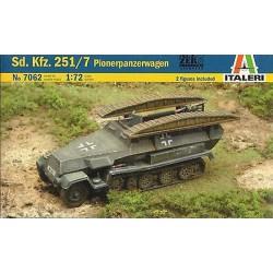 HUMBROL Peinture Enamel 242 RLM 71 Dunkelgrun Matt - 14ml Enamel Paint