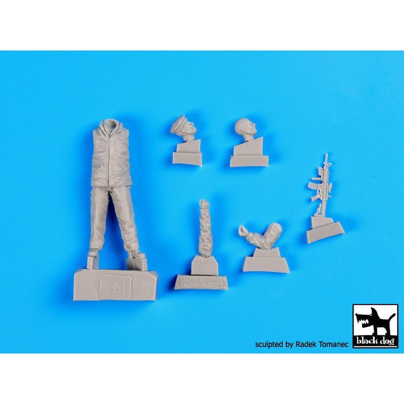 Miniart 72026 1/72 TOWNHOUSE