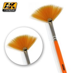 AK Interactive AK580 FAN SHAPE WEATHERING BRUSH