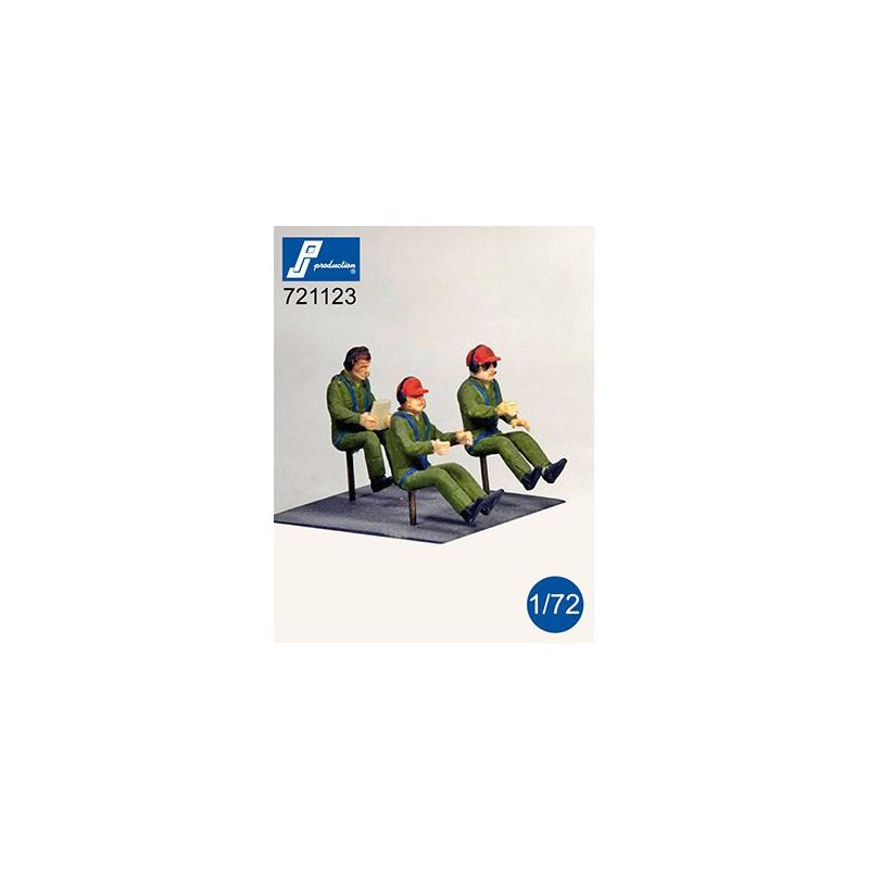 Revell 04927 1/32 UH-72 A Lakota personnel & material transport version