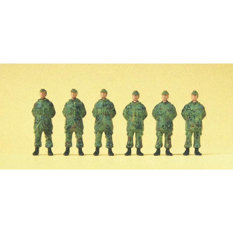 Hobby Boss 83812 1/35 German Sd.Kfz.221 Leichter Panzerspahwagen (3rd Series)