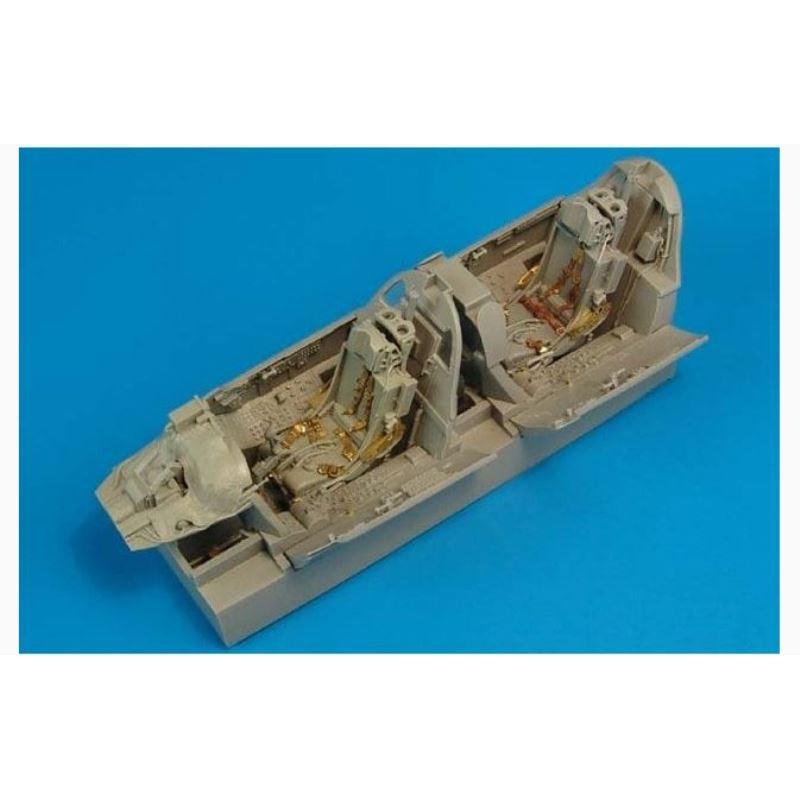 Trumpeter 01023 1/35 MPQ-53 C-Band Tracking Radar