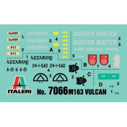 Trumpeter 01648 1/72 F-100C Super Sabre