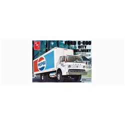 AMT 804/06 1/25 Ford C600 Pepsi City Delivery Truck