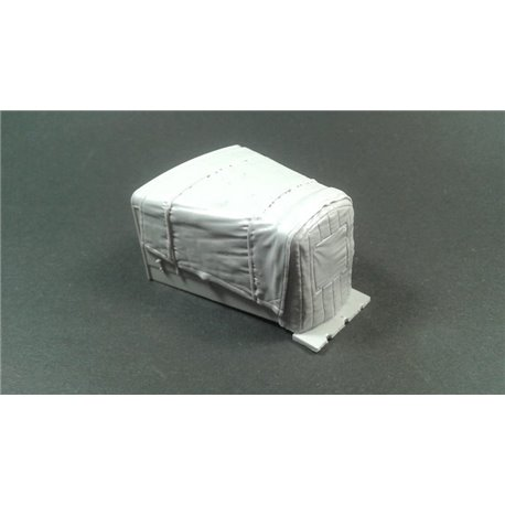 PANZER ART RE35-555 1/35 Hanomag SS100 Engine deck with canvas cover