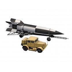 Preiser 10756 HO 1/87 Soccer team and referee Light blue shirts dark blue shorts