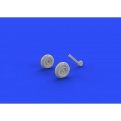 Revell 04983 1/100 Bell UH-1H Gunship