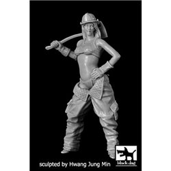 BLACK DOG F32038 1/35 Firewoman N°2