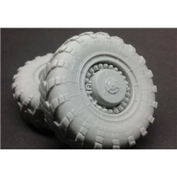 PANZER ART RE35-581 1/35 MAZ-543 road wheels