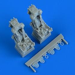 AMUSING HOBBY 35A019 1/35 Pz.Kpfw.38D mit Pz.IV Tum 8cm PAW 600
