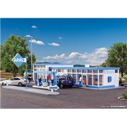 KIBRI 38544 HO1/87 Petrol station ARAL With LED Lighting