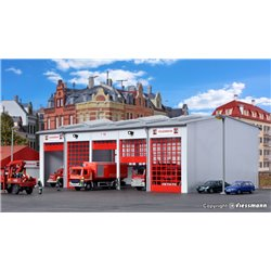 KIBRI 39219 HO1/87 Caserne Pompiers – Vehicle hall fire department