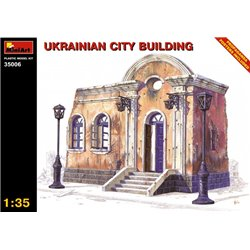 MINIART 35006 1/35 Ukrainian City Building Propaganda Posters included