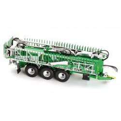 PLUSMODEL EL020 1/35 German wireless station WWII with accumulator