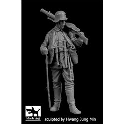 BLACK DOG F35197 1/35 German soldier WWI N°1