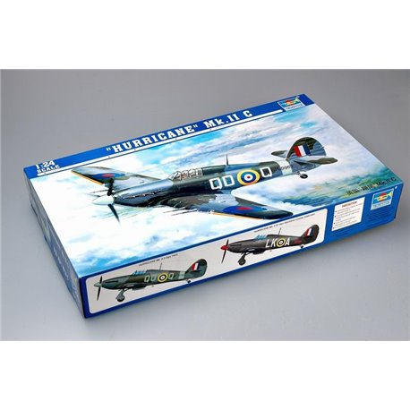 TRUMPETER 02415 1/24 Hawker Hurricane ll*