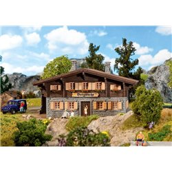 FALLER 130326 HO 1/87 Hutte de secourisme alpin - Mountain rescue cabin