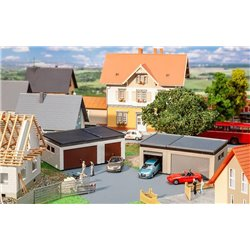FALLER 180315 HO 1/87 2 Double garages with driving parts