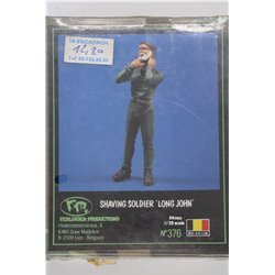 VERLINDEN PRODUCTIONS 376 1/35 Shaving Soldier Long John