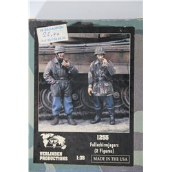 VERLINDEN PRODUCTIONS 1255 1/35 Fallschirmjagers – 2 Figures