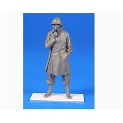 CMK F35287 1/35 US WW II Soldier w/ Winter Coat and an M1 Rifle Belgium 1944