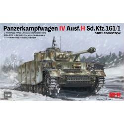 """REVELL 04629 1/72 Grumman S-2A """"Tracker"""""""