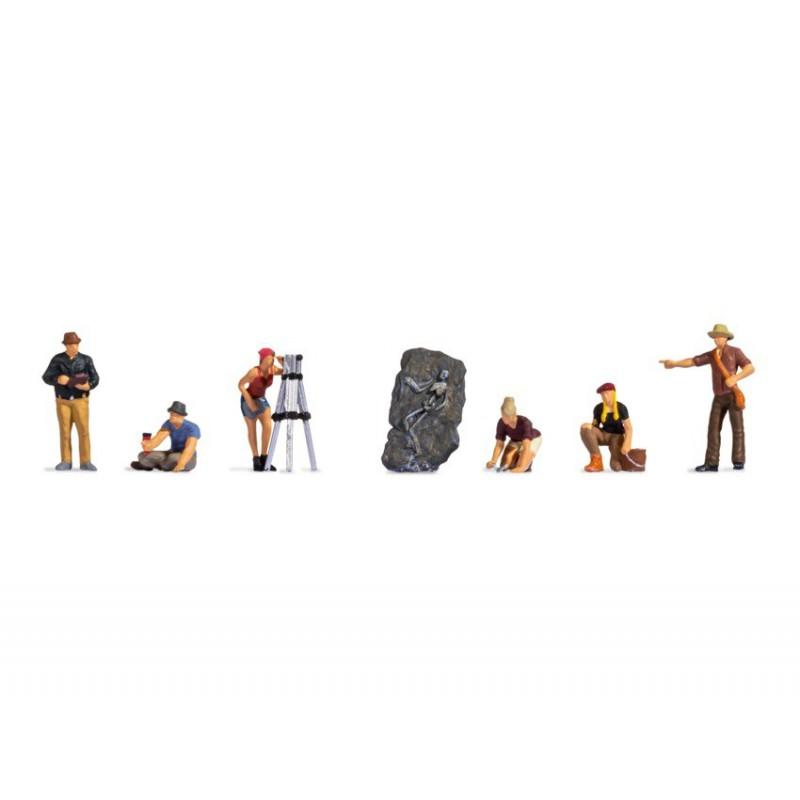 MINIART 35596 1/35 Garage workshop