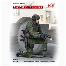 ICM 24104 1/24 S.W.A.T. Team Fighte 4