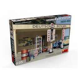 MINIART 35598 1/35 German Gas Station 1930-40s