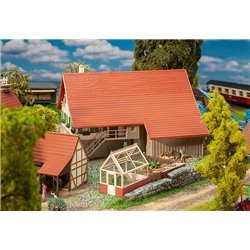 FALLER 191744 HO 1/87 Large farmhouse